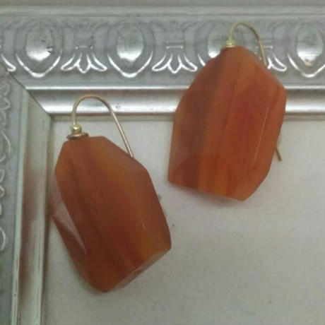 pierces「AGATE」