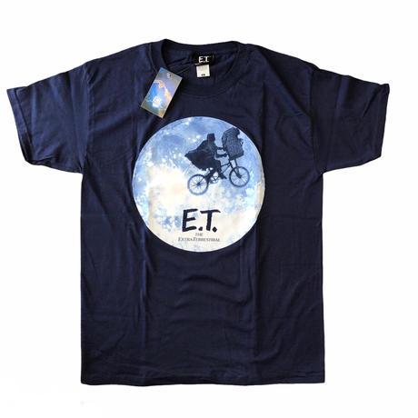 E.T. /moon