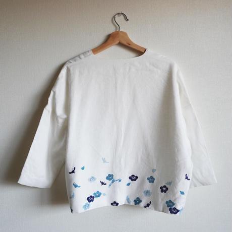 袷のショートジャケット白 梅