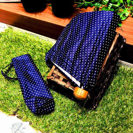 【折 日傘 55cm】傘専門店 通販 東京 折りたたみ傘 日傘 雨傘 晴雨兼用 遮光 遮熱 旅傘【清涼効果 Dot Navy】