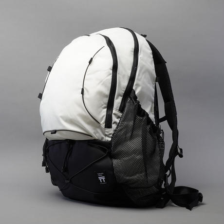 T2 Hike 35 / White