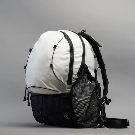 T2 Hike 25 / White