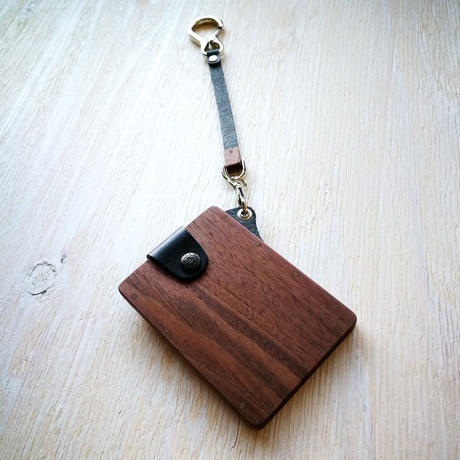 IC card case 【ウォールナット】 - 木と革のパスケース ICカード入れ -