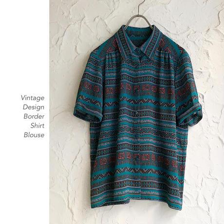 Vintage Border Patternシャツブラウス