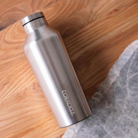 【デザインと機能を両立】スマートに持ち歩ける保冷保温ボトル