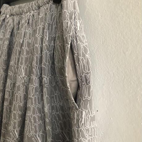 【1点もの】エンブロイダリースカート〔Art&Modernアーツ&モダン〕