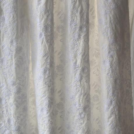 【1点もの】エンブロイダリースカート〔flower dianthus ナデシコ〕