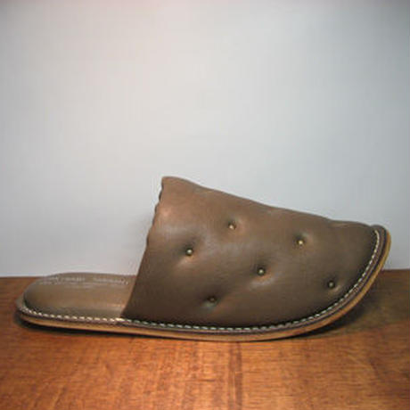 Sofa Slippers STUDS BROWN