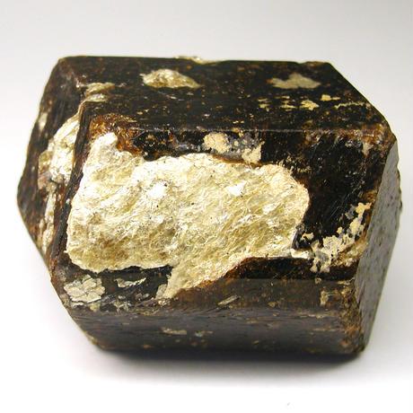 ガーネットの結晶