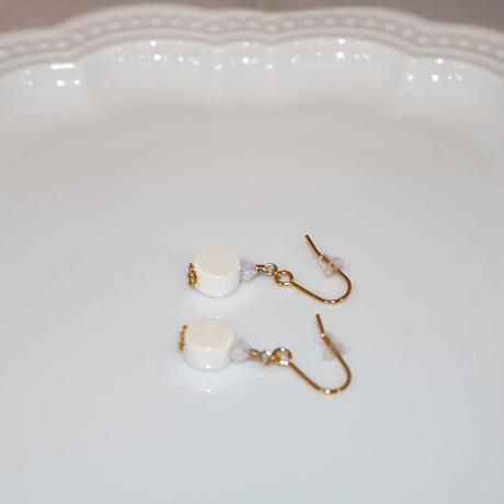 ピアス 〜 PT002 white 〜  Tournesol