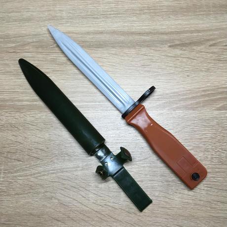 中国人民解放軍81式自動歩銃用 プラスチック製ダミー銃剣