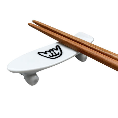 Shmiley Shaka Skate Board Chopstick Rest/White×Black