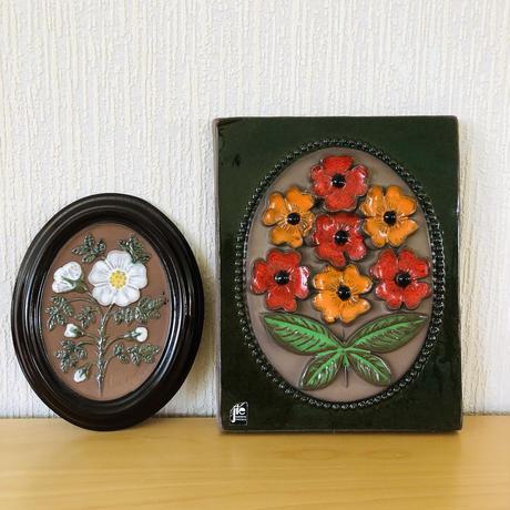 Jie Gantofta/ジィガントフタ/Gabriel/ガブリエル/陶板/赤とオレンジと白いはまなすのお花/2枚セット
