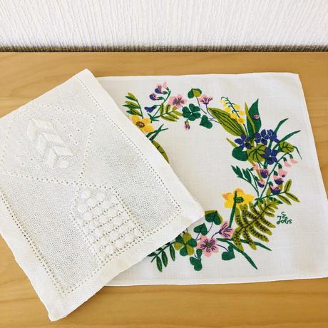 Jobs Handtryck/ジョブス/北欧刺繍のテーブルクロス/2枚セット