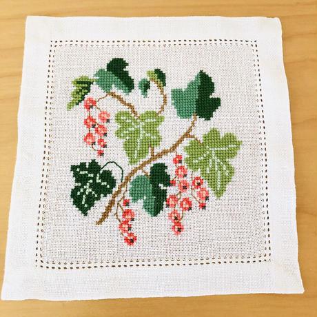 Näversöm/ネーバースム/北欧刺繍/ドイリー/2枚セット