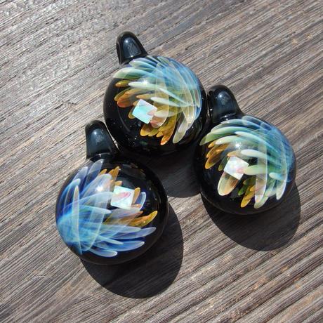 [CR-02]crystal pendant