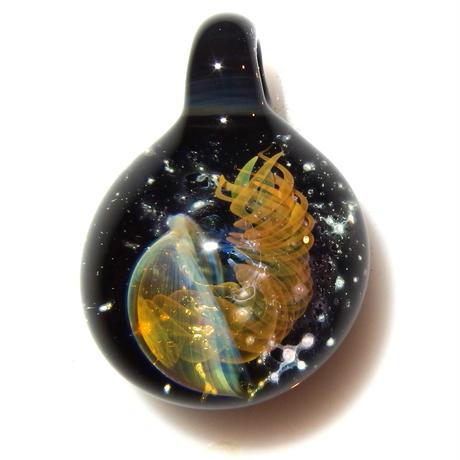 [UK-78] deep sea jellyfish pendant