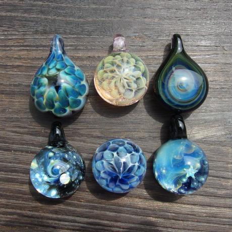 [MIF-36]mini inside flower pendant
