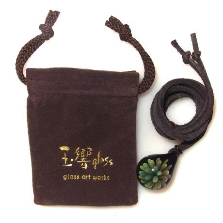 [MFN-47] mini spread flower pendant