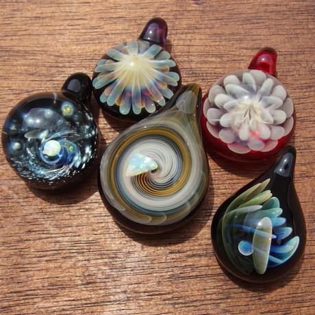 [MOF2-42]mini flow opal pendant