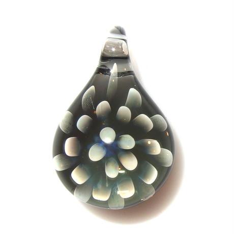 [MCN2-17] mini clear flower pendant