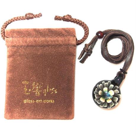 [MFN2-40] mini spread flower pendant