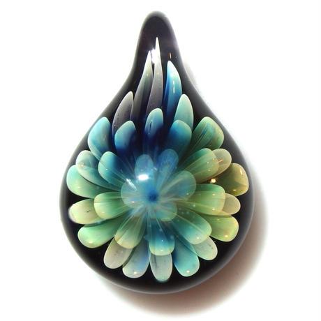 [FG-67] gradation flower pendant