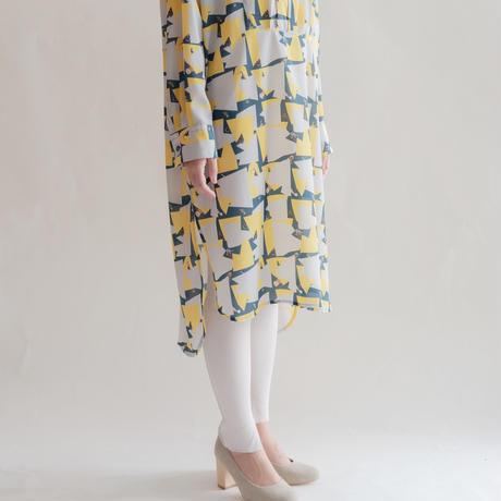 [mannine] 春踊るスタンドシャツワンピース /  gray Women's
