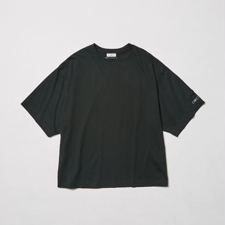 """VIBES""   or particular feeling   H/S TEE【BLK】"