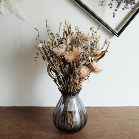 line valve vase