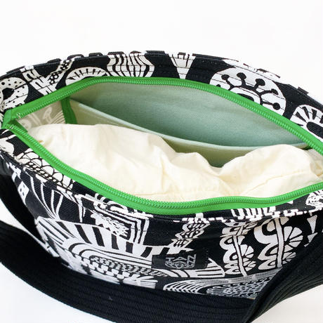 TANSAN Shoulder bag「Shokubutsu en」black