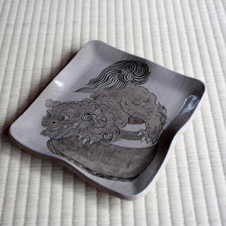 中里太郎右衛門窯 絵唐津皿 十二番曳山 珠取獅子