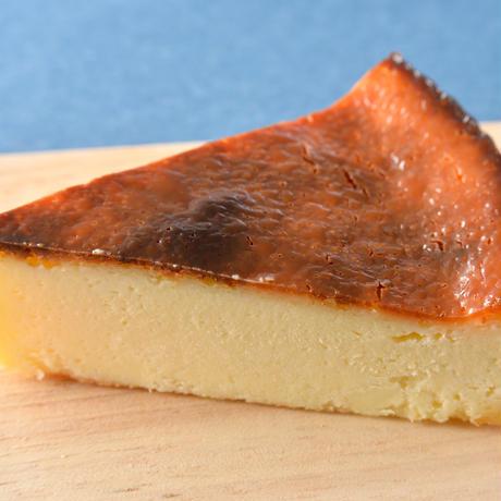 函館焦がしチーズケーキとエゾリスほーばるクッキー #函館国際ホテル