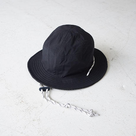 CHECKER R/HAT