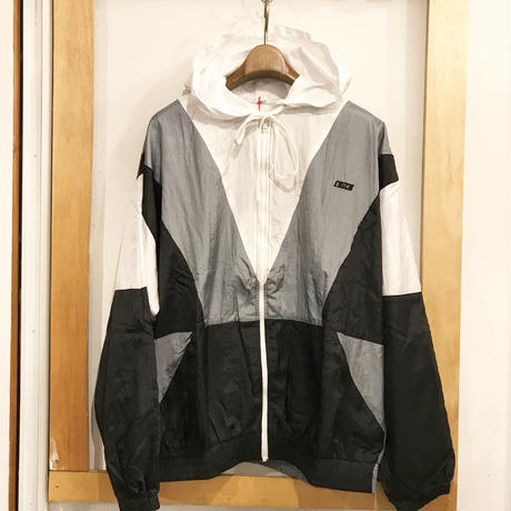 O.K.  NYLON SWITCHING JACKET