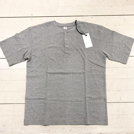 mocT  HENLY NECK T-SHIRTS