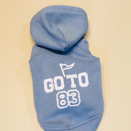 GO TO83 フーディー