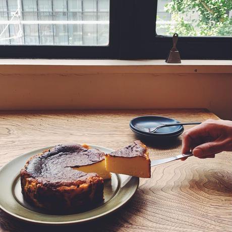 5/18-19日発送分〔人気No.2!〕濃厚バスクチーズケーキ
