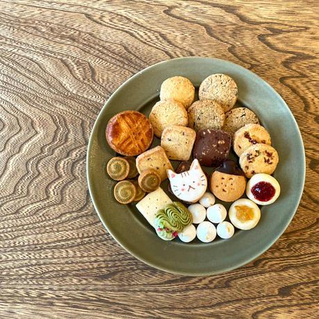 6/22-23日発送分 ねこクッキー缶(YELLOW)とレモネードシロップのセット