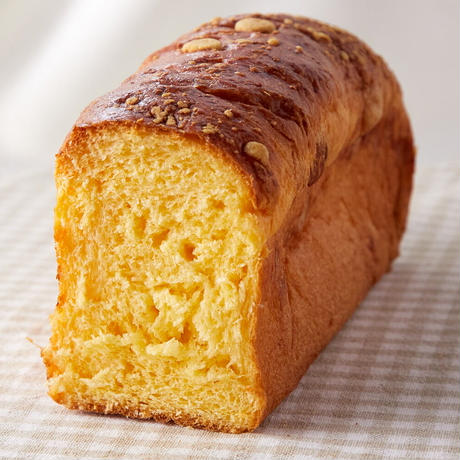 チーズ香る♪ リッチバターブリオッシュ 1/2斤
