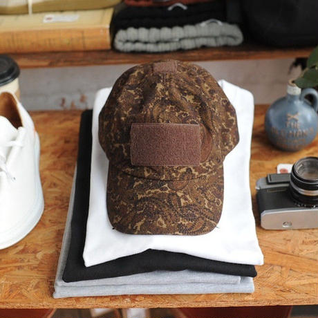 ★ soe (ソーイ) x CA4LA (カシラ) / BROWN PAISLEY CAP ★