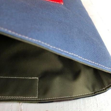 マナーポーチ(う◯ちバッグ)slate blue × camo柄