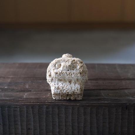 タテガミシーサー【ミニ】粟石