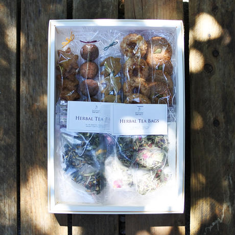 sorali & いしごはん : 暑い季節に嬉しい[ハーブティーとクッキーのセット]B