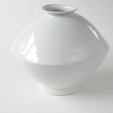 3 白瓷灰被壺