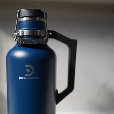 FARCRY BREWING ,ロゴ入りGROWLER