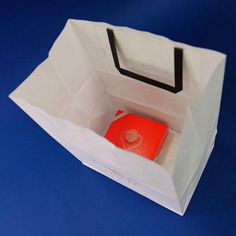 大納言ウィークエンド+紙袋【1箱2個入り】