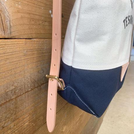帆布ステンシルリュック(ホワイト×ネイビー×レッド)