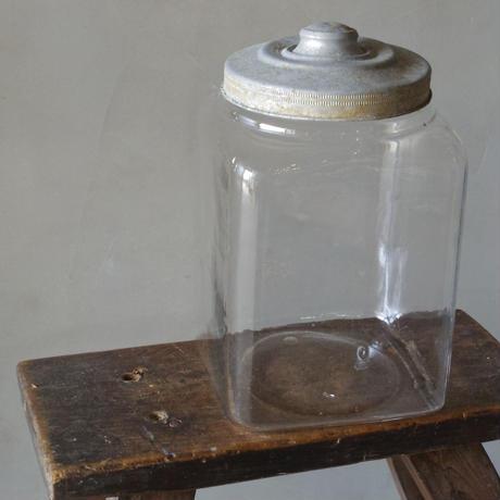 蓋つき瓶 小
