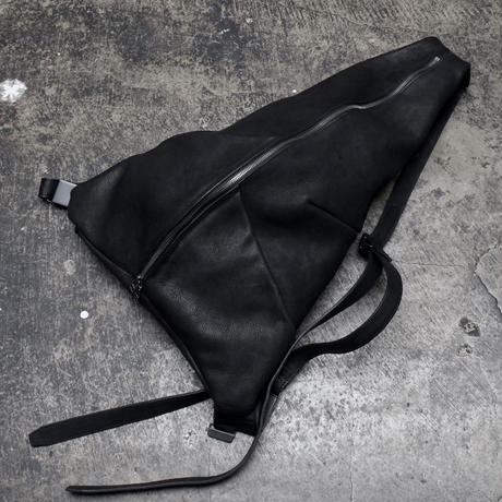 TRIANGLE BACK PACK